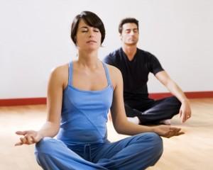 homem-e-mulher-juntos-se-exercitando